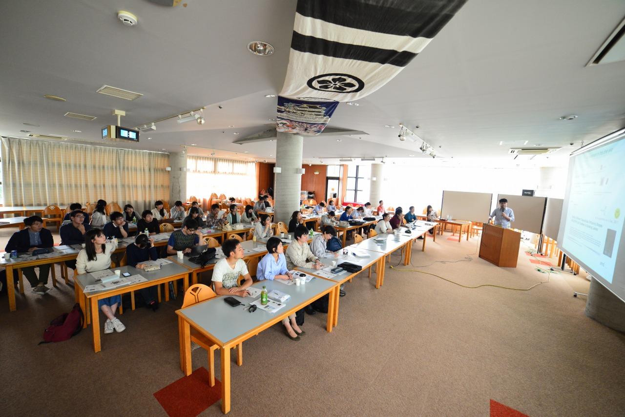 植物研究の大学合同セミナーが開催されました!